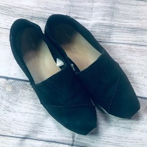 Toms Shoes - Toms womens 9w black suede slip on